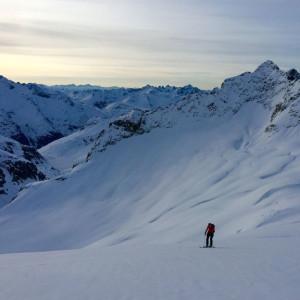 1-jour-avec-un-guide-de-montagne-prive-hiver-printemps