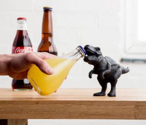 decapsuleur-dinosaure-en-fonte