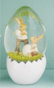 boule-a-neige-avec-lapins-et-oeufs-de-paques