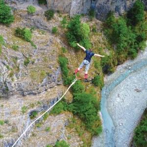 saut-a-l-elastique-de-190m