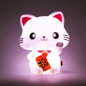 lampe-veilleuse-chat-maneki-neko-led-6-couleurs